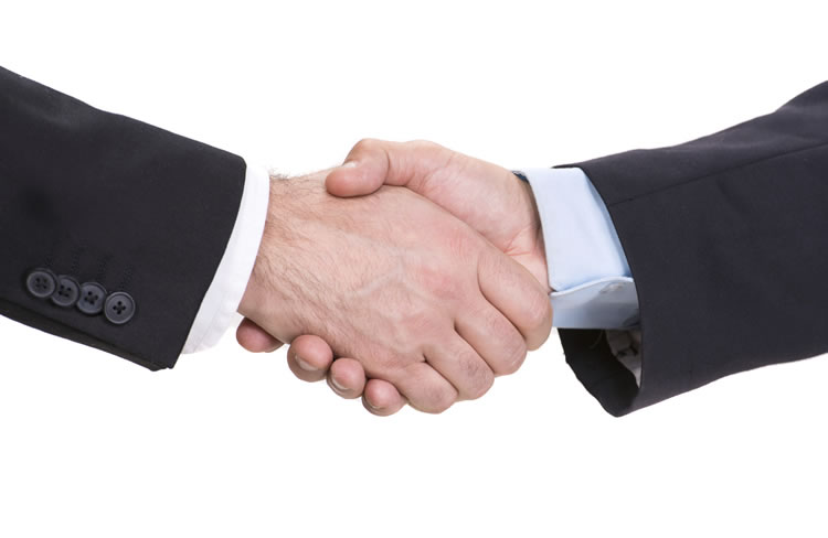 two-business-man-shaking-hands-incognito-software