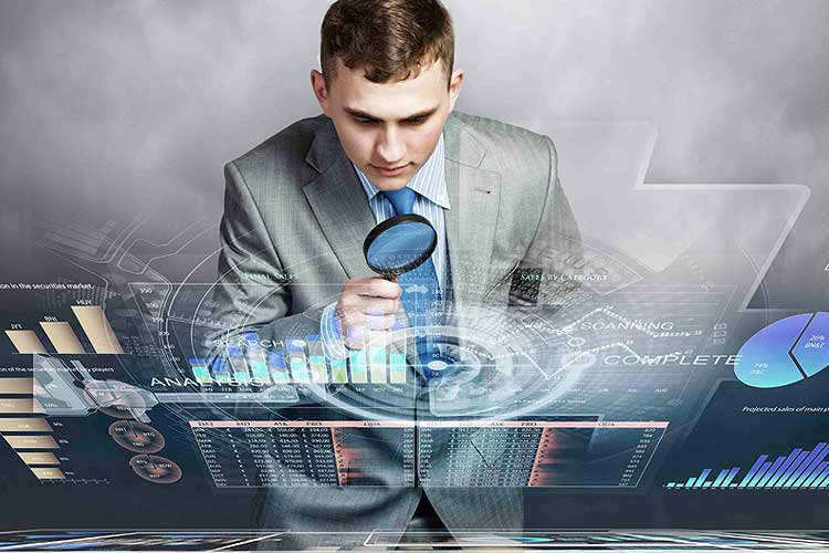 business-man-with-a-magnifying-glass-incognito-software